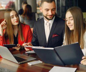Foto Formación para Equipos de Marketing y Comerciales ATRAE Agencia especializada en ventas Bogotá
